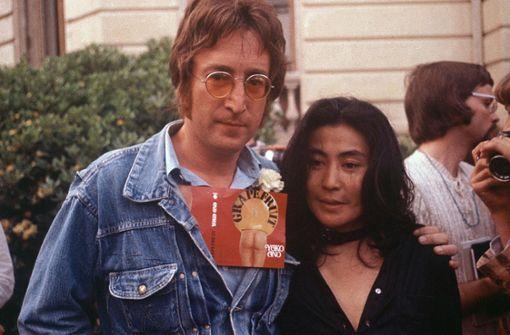 Beschlagnahmte Tagebücher wieder im Besitz von Yoko Ono