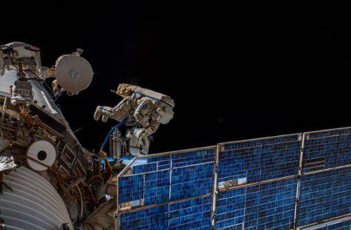 Antenne für Tierbeobachtung an Raumstation ISS befestigt