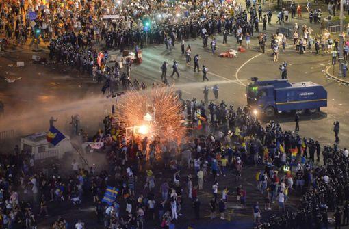 Mehr als 450 Verletzte bei Demonstration gegen Korruption