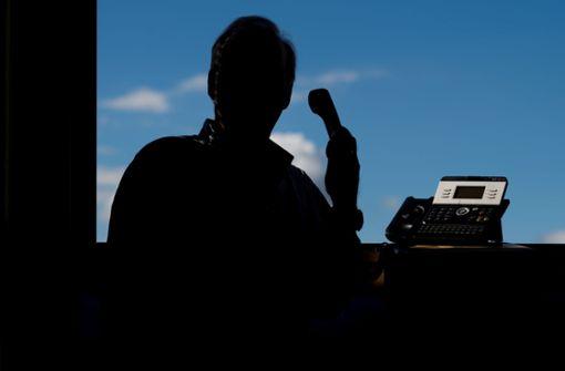 Ein Rentner in Jettingen hat einen mutmaßlichen Telefonbetrüger überlistet (Symbolbild). Foto: dpa