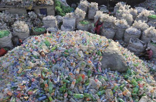 Die Welt erstickt im Plastikmüll