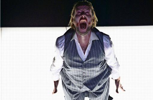 "Björn Bürger als Georg in ""Der Mieter"" Foto: Aumüller"