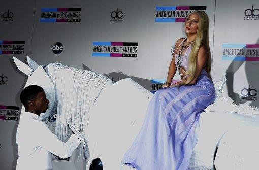 Swift räumt ab, Gaga reitet ein