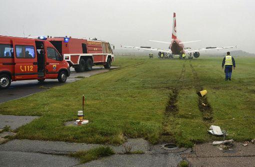 Flugzeug schießt über Landebahn auf Sylt hinaus
