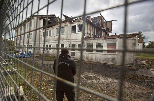 Völlig zerstört: Das eine Flüchtlingsgebäude in Heumaden musste nach dem Brand abgerissen werden. Foto: Steinert