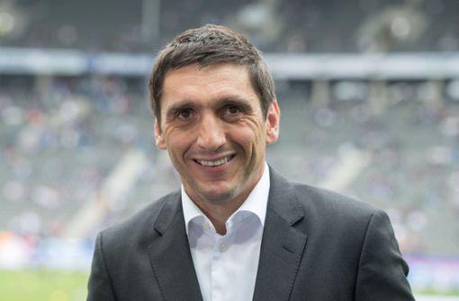 Seine Trainerkarriere begann er im Jugendbereich. Zunächst trainierte er die U-19-Junioren von Real Sociedad, dann die U-17-Junioren der TSG 1899 Hoffenheim und sogar die U19 des VfB Stuttgart.  Foto: dpa