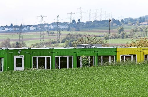 Die  Interimsgebäude der Theodor-Heuglin-Schule  stehen nicht nur leer, weil große Ferien sind. Foto: factum/Bach