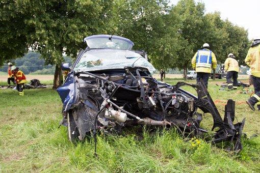 19-Jähriger prallt mit Audi gegen Bäume