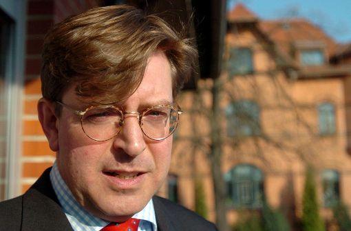 Umstrittener Publizist Udo Ulfkotte ist tot