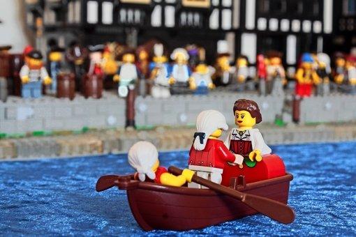 Vom 6. Februar an stechen im  Hauptbau des Residenzschlosses auch Piraten in See – zumindest welche aus dänischem Hartplastik. Foto: factum/Granville