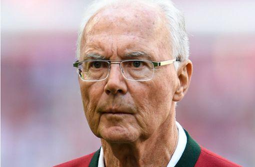Franz Beckenbauer empfiehlt Bundestrainer Joachim LöwHier geht es zur Biographie des WM-Trainers - nach dem Debakel bei der WM in Russland eine konsequente Linie ohne Rücksicht auf Namen. Foto: dpa