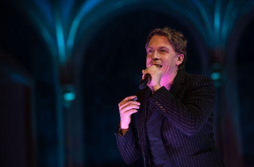 In der Rolle des Glöckners Quasimodo ist David Jakobs zu sehen. Foto: Lichtgut/Max Kovalenko
