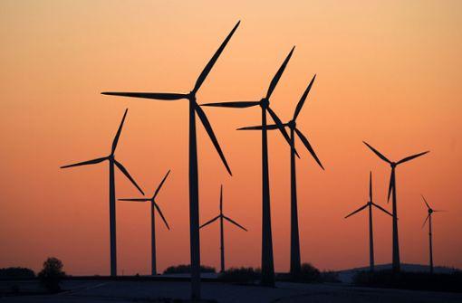 Die Windkraft braucht einen stärkeren Ausbau – sagen die Grünen. Foto: dpa