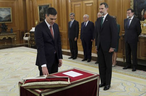Sánchez als neuer Ministerpräsident vereidigt
