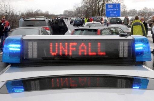 Bei Schorndorf ereignet sich am Donnerstagmorgen ein schwerer Unfall. Foto: dpa/Symbolbild