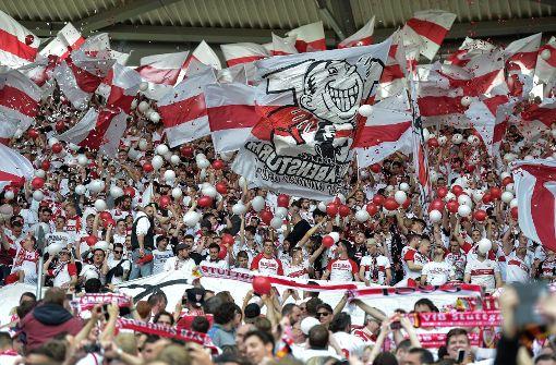 Wie in der vergangenen Saison werden den VfB Stuttgart auch in dieser Spielzeit wieder viele Auswärtsfahrer begleiten. Foto: dpa