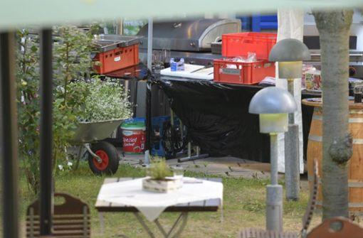 Gegen 16.15 Uhr bildete sich im Biergarten eines Hotelbetriebs in der Straße Mittlerer Pfad im Industriegebiet Stuttgart-Weilimdorf ... Foto: 7aktuell.de/Oskar Eyb