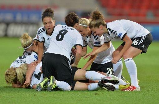 DFB-Frauen besiegen Island mit 3:0