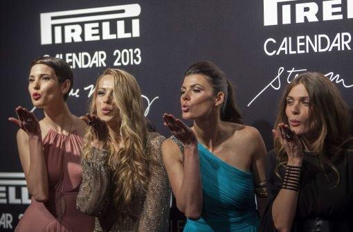 Kunst und Küsschen beim Gala-Dinner