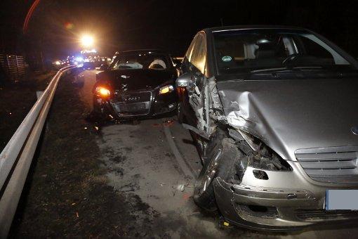 Auf der B27 bei Filderstadt hat sich am Mittwochabend ein schwerer Verkehrsunfall ereignet. Foto: www.7aktuell.de | Jonas Oswald