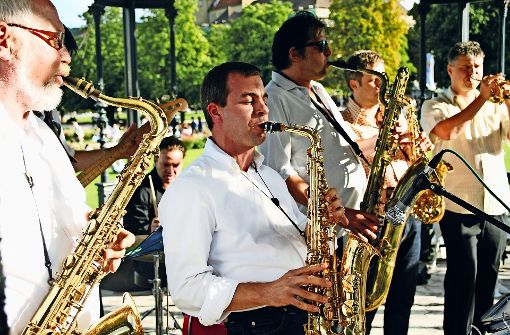 Jazz im Park mit Blick auf ausgezeichnete Bauwerke