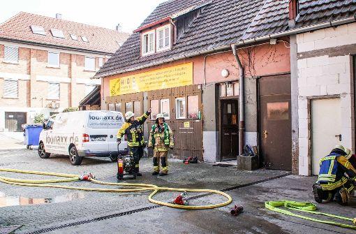 Wohnung nach Feuer zerstört