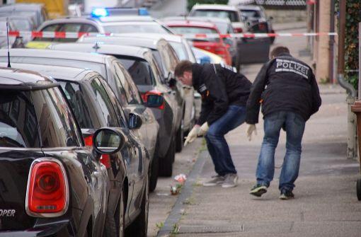 Ein Polizeibeamter hat am Mittwoch gegen kurz vor 17 Uhr in einer Wohnstraße auf einen Mann geschossen – und ihn schwer verletzt.  Foto: SDMG