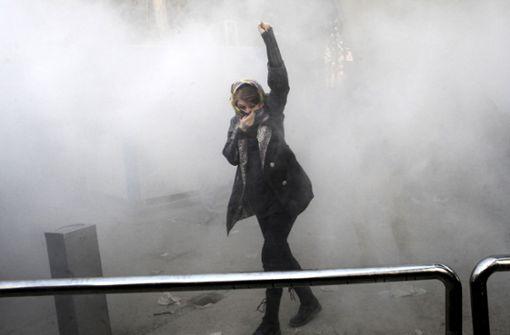 """Iran sieht in Trumps """"absurden"""" Tweets Auslöser der Unruhen"""