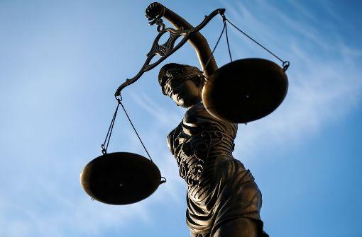 Aktivisten gegen Putenmäster vor Gericht