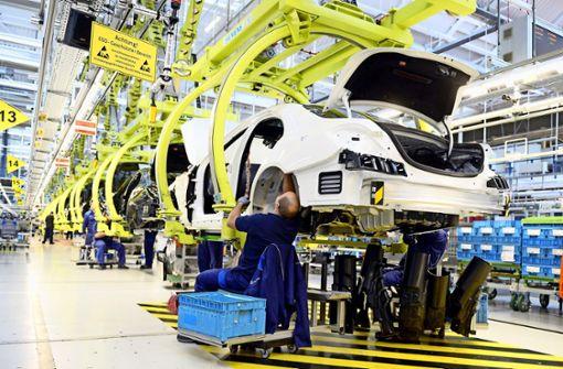 Mercedes schafft mehr als 500 neue Jobs