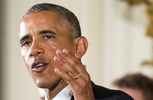 Barack Obama will stärker gegen das aktuelle Waffengesetz vorgehen. Foto: AP