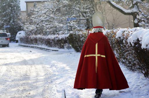 Nikolaus beendet Schlägerei in Einkaufsmarkt