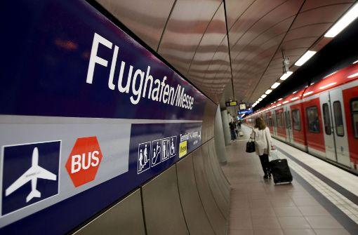 Währrend der S-21-Arbeiten am Flughafen sollen sich die Auswirkungen in Grenzen halten. Das fordert der verabdn Region Stuttgart. Foto: Lichtgut/Leif Piechowski