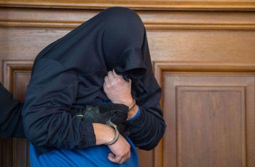 Angeklagter gesteht, eigenen Sohn erschossen zu haben