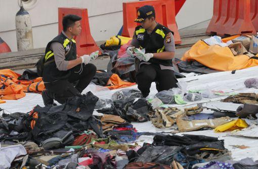 Vermutlich Flugschreiber von abgestürztem Flugzeug entdeckt
