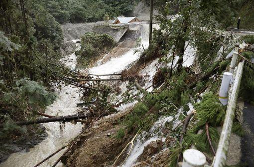 Mehrere Tote und Überschwemmungen nach Taifun