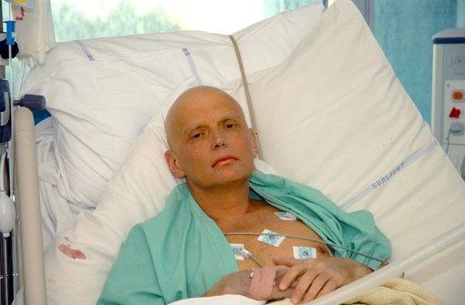 Archiv-Foto von Alexander Litvinenko  mit tödlicher Vergiftung im Krankenhaus Foto: dpa