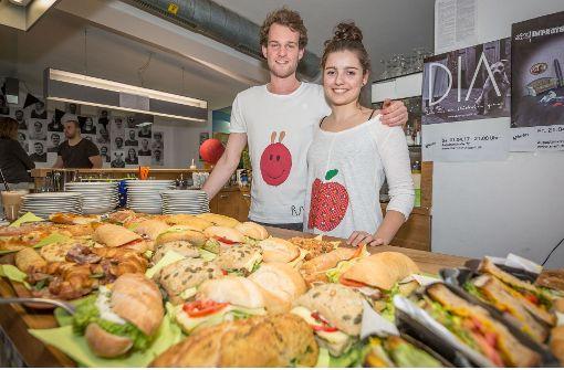 Cafe Raupe immersatt feiert Premiere