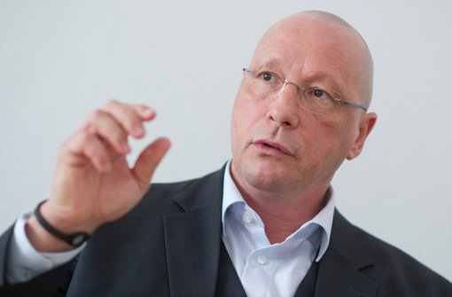"Porsche-Betriebsratschef Uwe Hück zum Abgas-Skandal: ""Ich war stinksauer"" Foto: dpa"