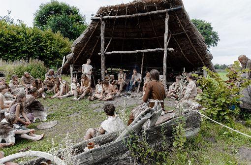 Steinzeitexperten aus ganz Europa treffen sich in Albersdorf.  Foto: dpa