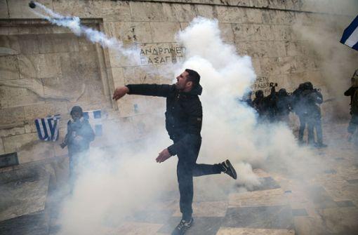 Zahlreiche Verletzte bei Protesten in Athen