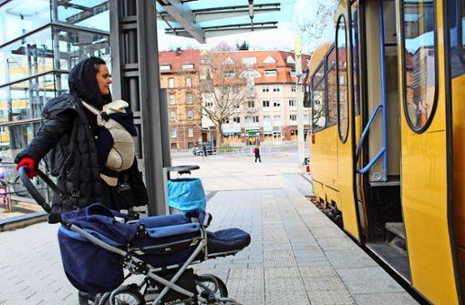 Die Zahnradbahn ist nicht barrierefrei, weshalb die Mutter Anna Lampert auf die Fahrt inzwischen  grundsätzlich verzichtet. Foto: Baur