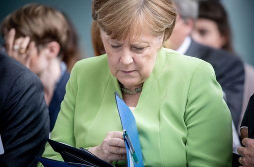 Der nächste Pfeil auf Merkel