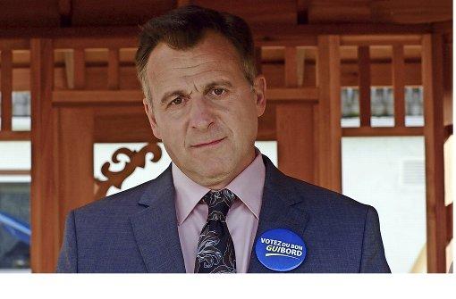Der kanadische Abgeordnete Steve (Patrick Huard) gerät in mehr als eine Klemme.Foto:Arsenal Foto: