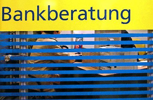 Blank wegen der neuen Bank