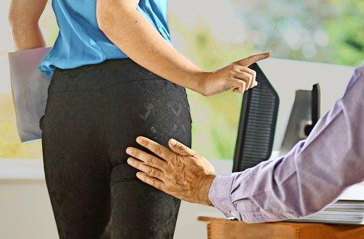 sexuelle belstigung am arbeitsplatz ein leider weit verbreitetes bel foto mauritius - Sexuelle Notigung Beispiele
