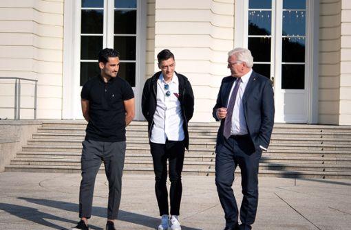"""Özil und Gündogan machen Steinmeier """"ratlos"""""""