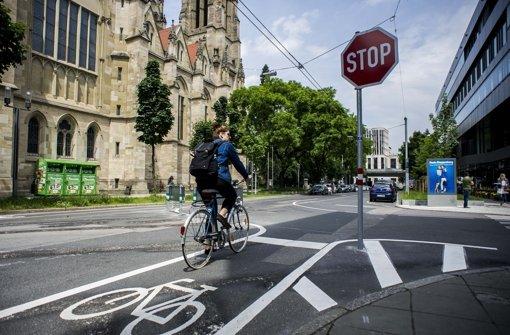 fahrrad fahren in stuttgart plan f r mehr radverkehr st t auf skepsis stuttgart. Black Bedroom Furniture Sets. Home Design Ideas