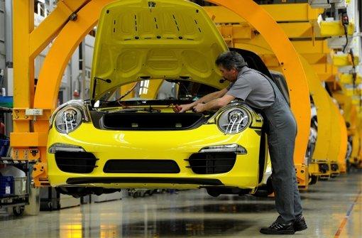 Effizientere Produktion bedeutet  bei Porsche weniger Arbeitsstunden – bei gleichem Lohn Foto: dapd