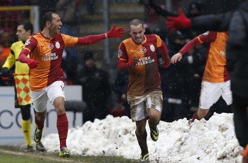 Galatasaray zittert sich ins Achtelfinale